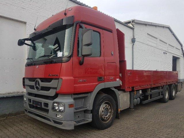 Mercedes-BenzActros 3