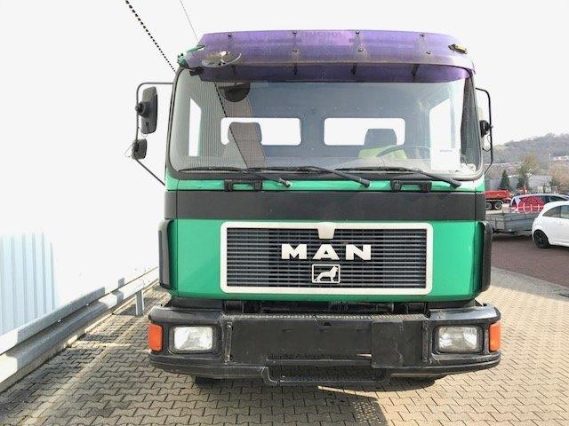 MAN M05