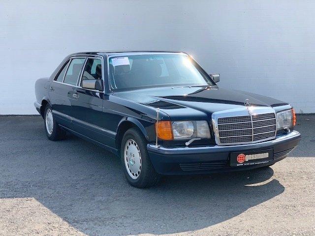 Mercedes-Benz560