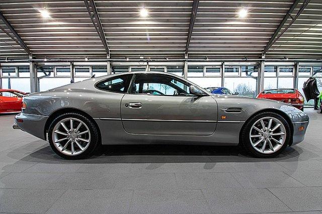 Aston MartinAndere