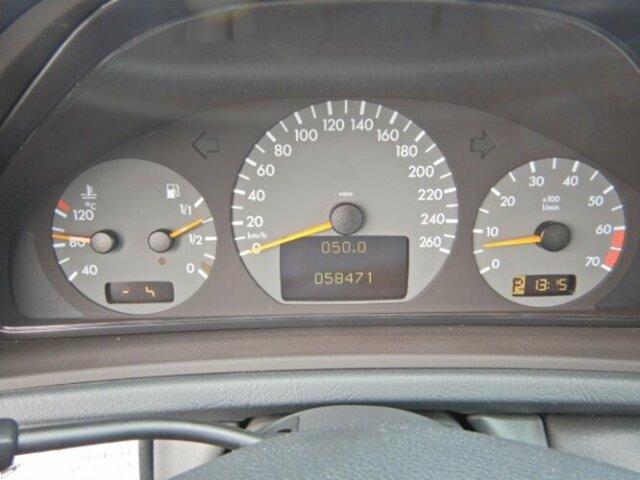 Mercedes-Benz CLK 320