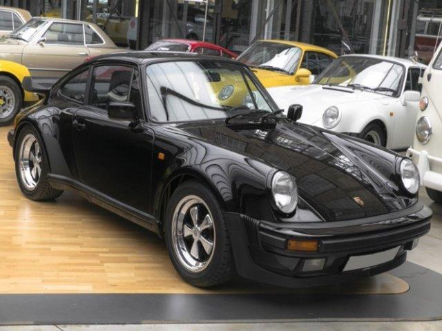 Porsche930