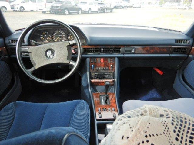 Mercedes-Benz 560