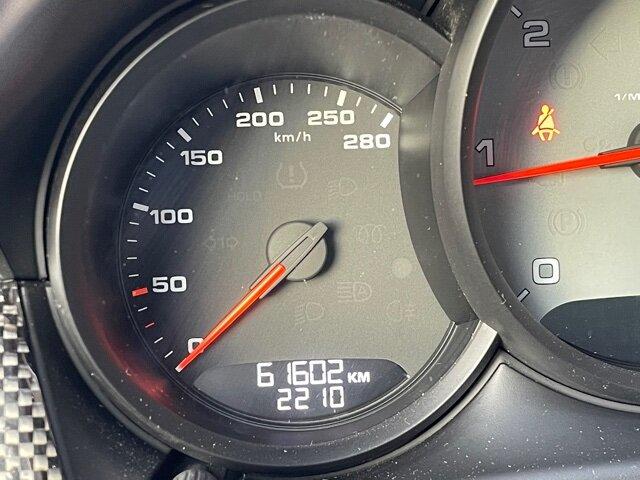 Porsche Altros