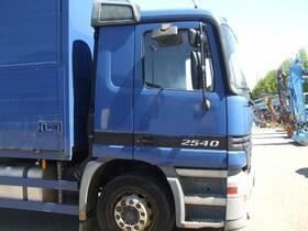DAIMLER-BENZ Actros 2540 L 6x2