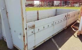 - Abrollcontainer mit Pendelklappen