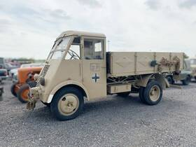 RENAULT AHS Afrika Korps 4x2