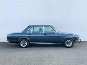 BMW 3.3 Limousine