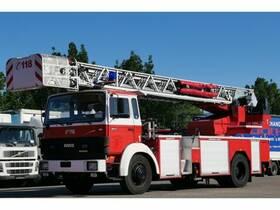IVECO-MAGIRUS 140 -25A 4x2 Feuerwehr Drehleiter mit Korb