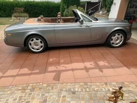 ROLLS-ROYCE (GB) Phantom Drophead Coupe
