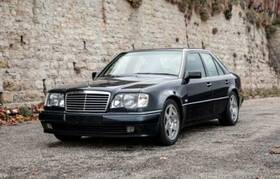 MERCEDES-BENZ 500E Limited