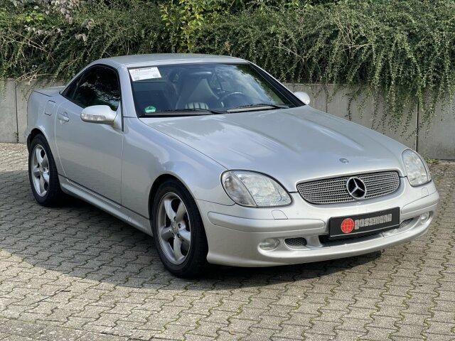 Mercedes-Benz SLK 320